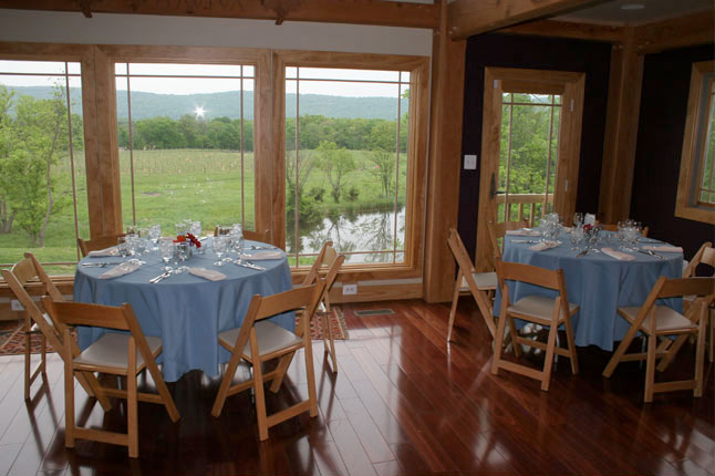 Notaviva Vineyards Corporate Retreats in Loudoun County, Northern Virginia wine country